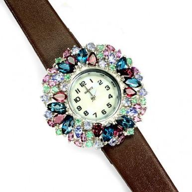 Яркие Женские Наручные Серебряные Часы с Камнями на Кожаном Ремешке