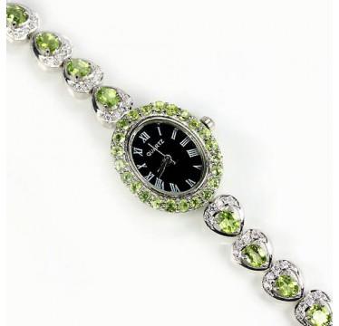 Милые Наручные Женские Часы из Серебра с Зеленым Перидотом
