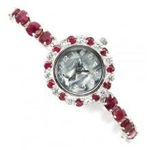 Прелестные Женские Наручные Часы из Серебра с Кровавым Рубином