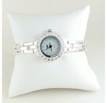 Женские Серебряные Наручные Часы с Бесцветными Фианитами Вокруг
